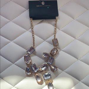 Beautiful Necklace.   Brand new.
